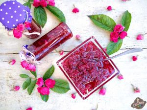 dulceata de trandafiri roz